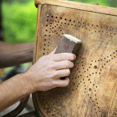 master-en-restauracion-artesanal-de-muebles